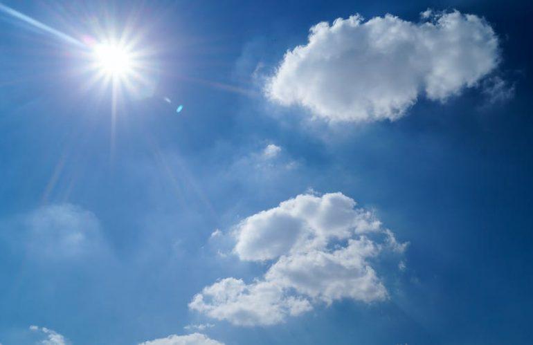 Les brises-soleil orientables : une protection contre le soleil mais aussi une sécurité supplémentaire
